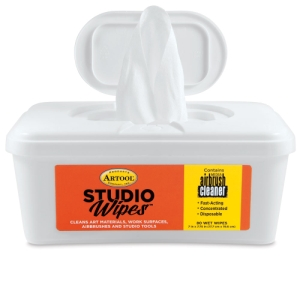 Studio Wipes, Tub of 80 Wipes