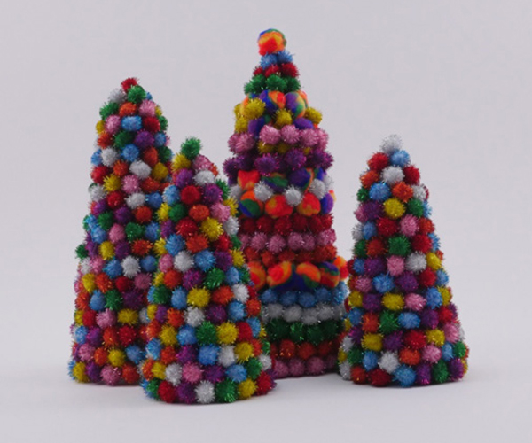 Pom Pom Holiday Trees