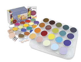 FREE! 20-Color Studio Palette Tray when you buy a PanPastel Artists' Pastel Set of 20.