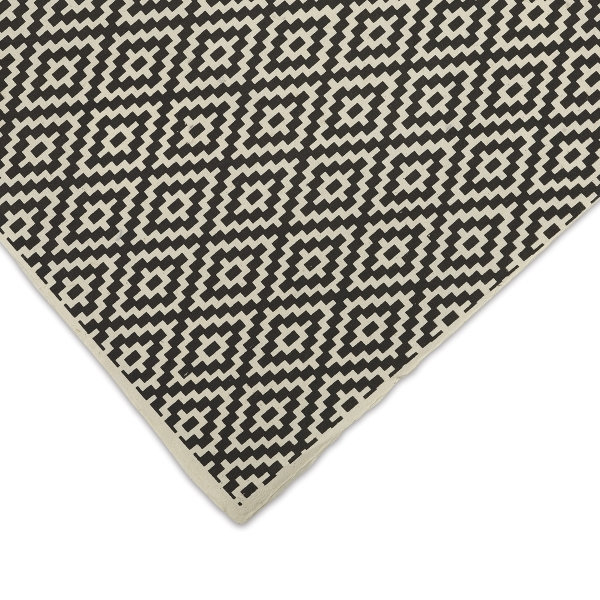 Rhombus (Black and Cream)