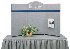 Palladian 3-Panel Display
