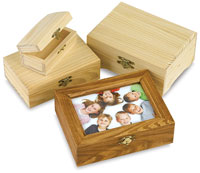 Wooden Hinged Boxes