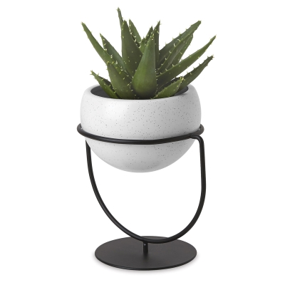 Nesta Planter (Plant not included)