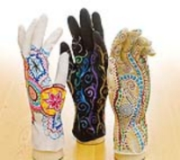 Mehndi Art Gloves